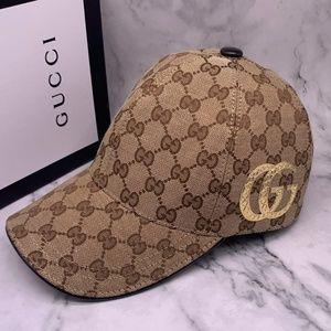 Gucci Snapback Cap with box
